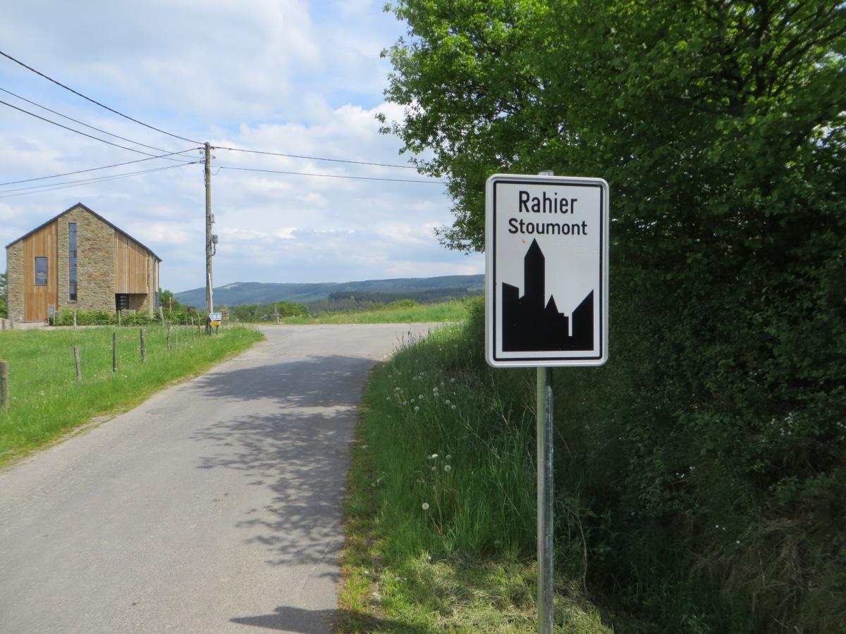 Wandelen in de Ardennen. Deze keer zijn we in Rahier