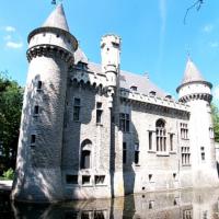 Wandelen langs het kasteel van Zellaer in Bonheiden
